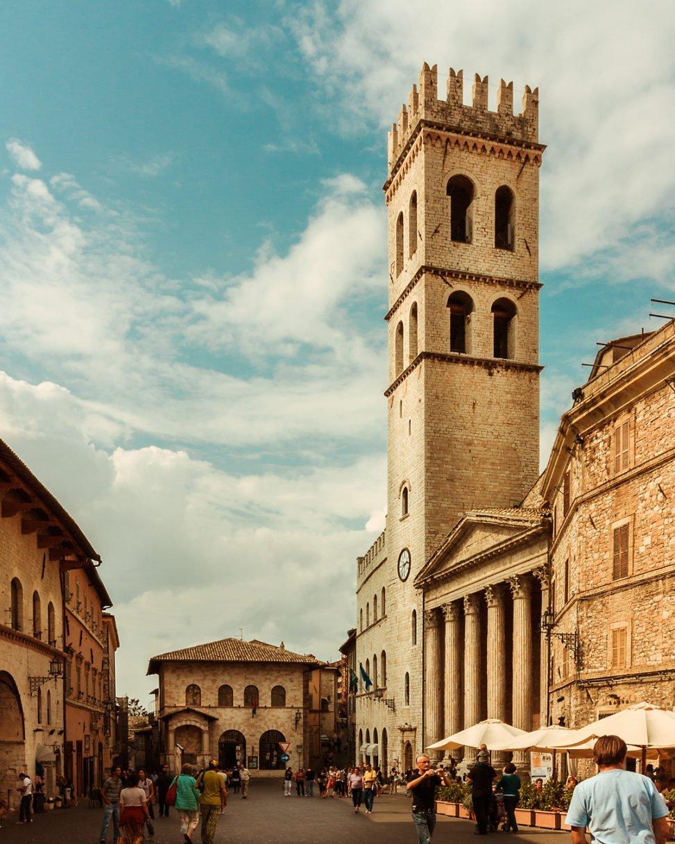 Piazza del comune, Assisi