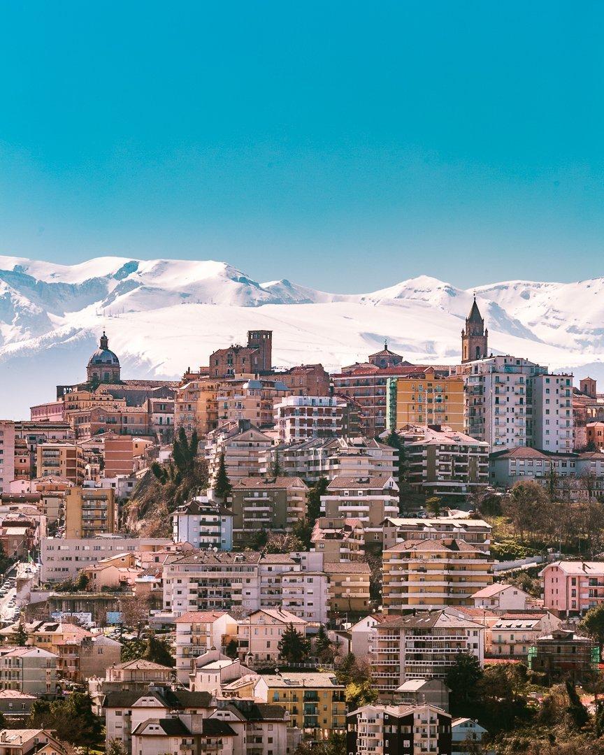 Panorama di Chieti e Majella