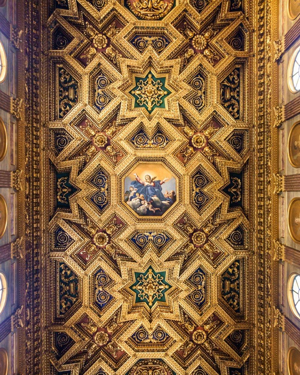 Soffitto ligneo Santa Maria in Trastevere, Roma